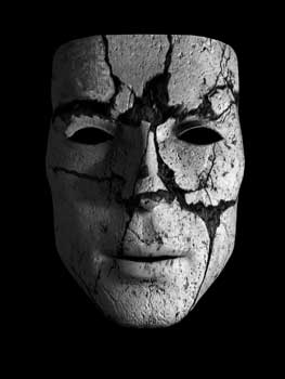 the_mask_with_a_crack_by_meandor117-d4pwlud