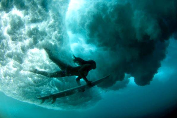 swim-with-wave